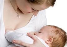 Breastfeeding or bottle